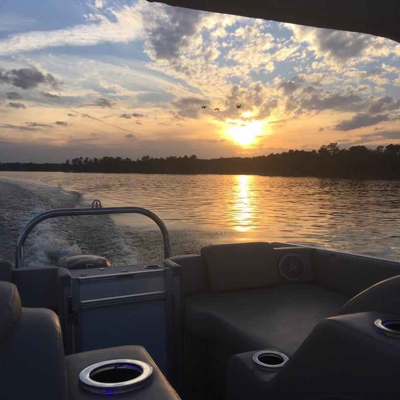 AquaFun Boat Rentals & Tours